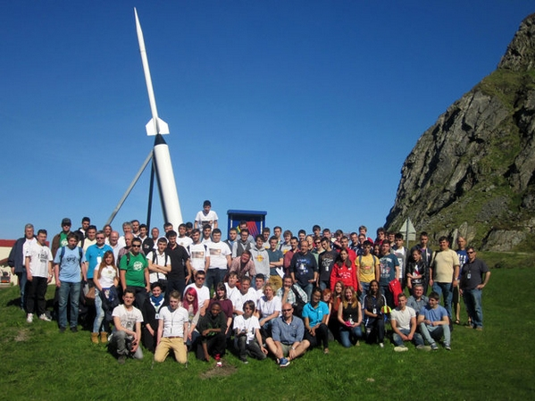 The_2014_Cansat_teams_large